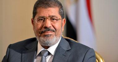 طائرة الرئيس مرسى تقلع مطار