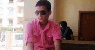 أحمد حسين طالب بكلية الهندسة