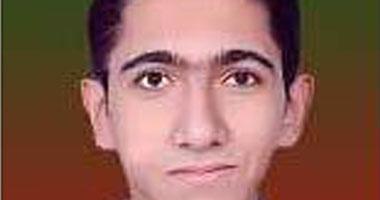 الطالب إسلام فيصل، الأول على شعبة علمى رياضة بالثانوية العامة