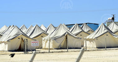 تركيا تفتتح مخيما لاستقبال 35 ألف لاجىء سورى