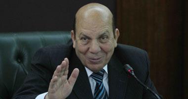 """وزير التنمية المحلية يزور """"ساندلها"""" بكفر الشيخ للتأكد من وصول المياه"""