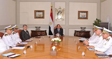 الرئيس يبحث مع وزير الداخلية ومساعديه مواجهة التحديات الأمنية