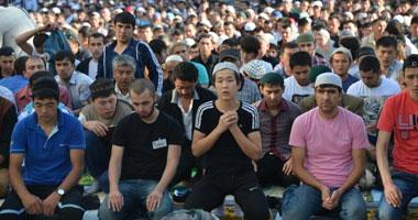 بالصور.. 15 مليون مسلم يحتفلون بعيد الفطر فى روسيا s720142821321.jpg