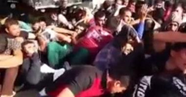 """بالفيديو.. """"داعش"""" تعدم 1500 جندى عراقى رمياً بالرصاص"""