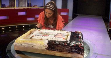 """رزان مغربى تتذوق تورتة برنامج """"لعبة الحياة"""""""