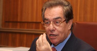 عدلى حسين يدعو طلاب جامعة القاهرة للمشاركة فى الانتخابات