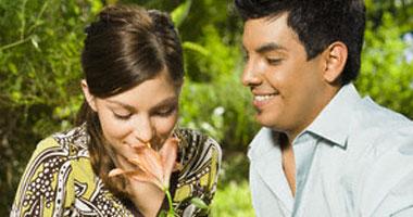التسامح والصبر والمبادئ المشتركة أهم أركان الحياة الزوجية السعيدة