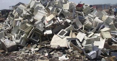 خبراء يحذرون: حجم النفايات الإلكترونية هذا العام يفوق سور الصين العظيم