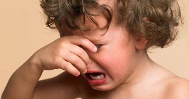 أسباب تجاهل بكاء الأطفال