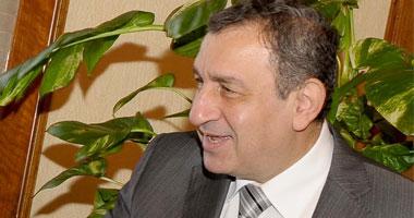 رئيس الحكومة يعقد اجتماعا طارئا ويؤكد تمسكه بتنفيذ برنامج الخصخصة  S8201111173959