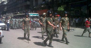 بالفيديو.. الشرطة العسكرية والأمن يقتحمون التحرير لفض الاعتصام