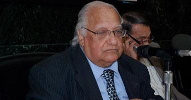 اليوم.. عزاء شيخ الباحثين السيد ياسين بمسجد الشرطة