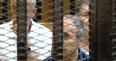 المدعون بالحق المدنى يطالبون ضم محاكمة العادلى لقضية مبارك