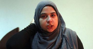 """""""الإخوان"""" يحتجزون الزميلة آية حسن ويعتدون عليها بالضرب بمسيرة مصطفى محمود"""