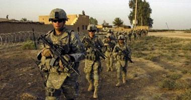 جنود أمريكان يهينون معتقلين أفغان
