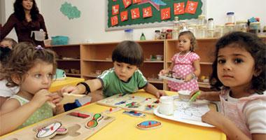 """""""التعليم"""" تحذر المدارس من تدريس المستوى الرفيع برياض الأطفال وأولى ابتدائى"""