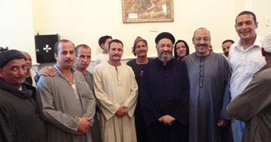 المسلمون والأقباط يحتفلون بافتتاح كنيسة بالمنيا