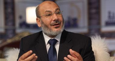 صفوت حجازى يغادر القاهرة ويتوجه لـتركيا