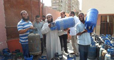 ضبط 142 أسطوانة بوتاجاز بالإسماعيلية قبل بيعها فى السوق السوداء