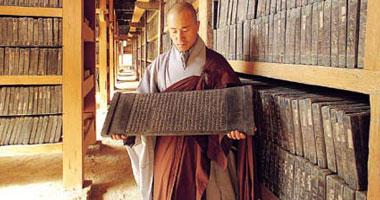 أخبار تايلاند.. الشرطة التايلاندية تحاول اعتقال راهب شهير من معبد بوذى