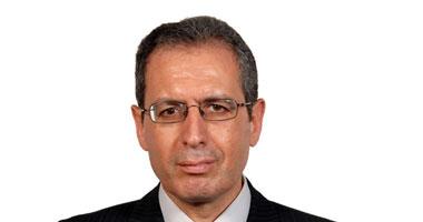 الدكتور محمد المنيسى استشارى أمراض الجهاز الهضمى والكبد بالقصر العينى