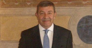 سفير مصر بروما يجتمع مع رئيس مجلس الشيوخ الإيطالى
