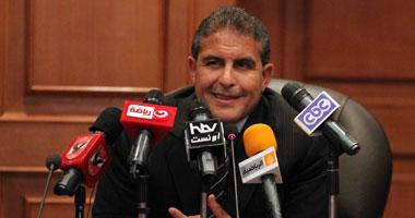 طاهر أبو زيد وزير الرياضة