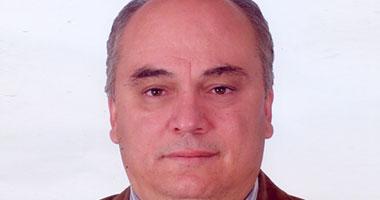 الدكتور حلمى حسن الغوابى أستاذ الباطنة والقلب والحالات الحرجة بقصر العينى