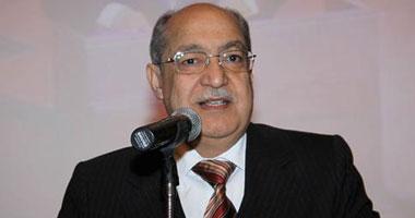 الدكتور حسن البيلاوى أمين عام المجلس العربى