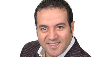 الدكتور مصطفى سارى أستاذ التغذية والعلاج الطبيعى