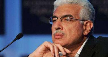 الدكتور أحمد نظيف رئيس مجلس الوزراء السابق