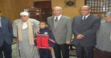 مباحث كفر الشيخ تعيد الطفل المخطوف لأسرته بعد 24 ساعة من اختطافه Smal120121601958