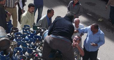 إصابة 25 مواطنا بسبب التدافع على أسطوانات الغاز بكفر الشيخ