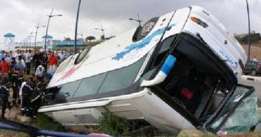 التحقيقات إصابة 13سائحا انقلاب أتوبيس