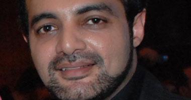"""عمرو محمود ياسين صحفى وناشط سياسى فى """"ويأتى النهار"""" Smal220102614217"""