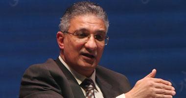 أحمد زكى بدر وزير التعليم
