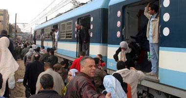 تعطل قطار المترو بمحطة فيصل وإنزال الركاب.. والشركة: عادت بعد دقائق