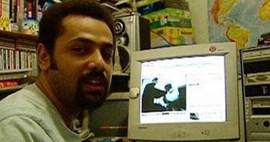 احتجاز المدون وائل عباس بمطار القاهرة