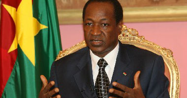 """قائد بالحرس الرئاسى فى بوركينا فاسو """"يتولى"""" مسؤوليات الرئيس الانتقالى"""
