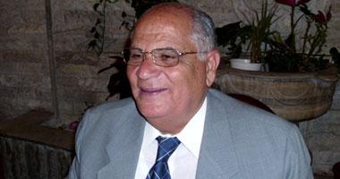 بالفيديو.. نائب محافظ الإسكندرية يطلق النار لفض اعتصام المدرسين