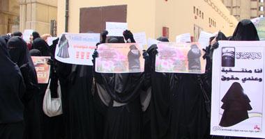 بالفيديو.. آلاف المنتقبات والسلفيين يطالبون بإقالة المفتى