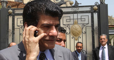 """""""النشائى"""" يطالب """"مرسى"""" بتطبيق مشروع هيئة النانو تكنولوجى"""