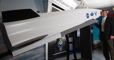 أمريكا تنتج أسرع طائرة حربية فى العالم  ......  تكسر حاجز الصوت بخمس مرات.. Smal5201029145441