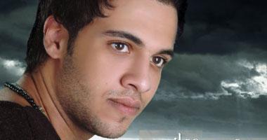 نجاة محمد حجازى من الموت بعد انقلاب سيارته