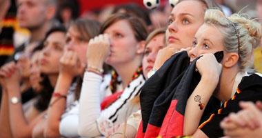 بالفيديو الجماهير الألمانية تحتفل فى أسبانيا بالفوز على إنجلترا Smal6201024143535