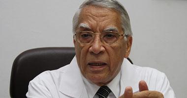 الدكتور محسن سليمان استشارى الأمراض الجلدية
