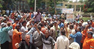 مظاهرة فى ميدان الأربعين بالسويس ردا على إخلاء سبيل الضباط smal62011231566.jpg