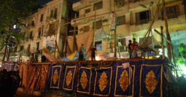 أكبر منصة بميدان التحرير جاهزة لاستقبال الرئيس Smal62012297500