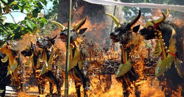 حرق الجثث ..من التقاليد الهندوسية