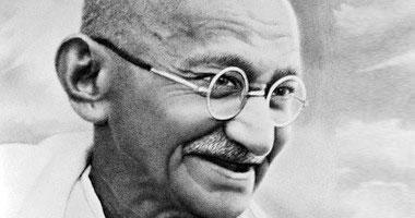 """دعماً للاستثمار.. """"سفارة الهند"""" تبحث إقامة احتفالية لذكرى """"غاندى"""" ببورسعيد"""